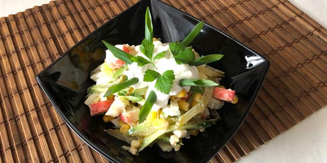 Салат из крабовых палочек ... или из кукурузы